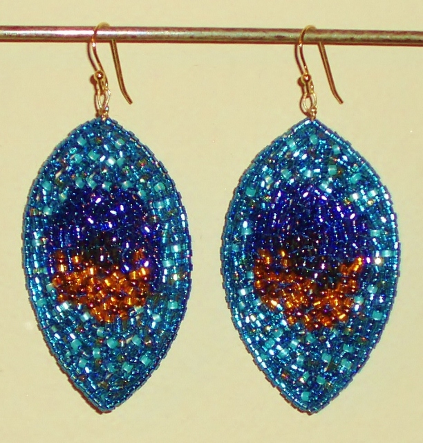 the finished peacock earrings