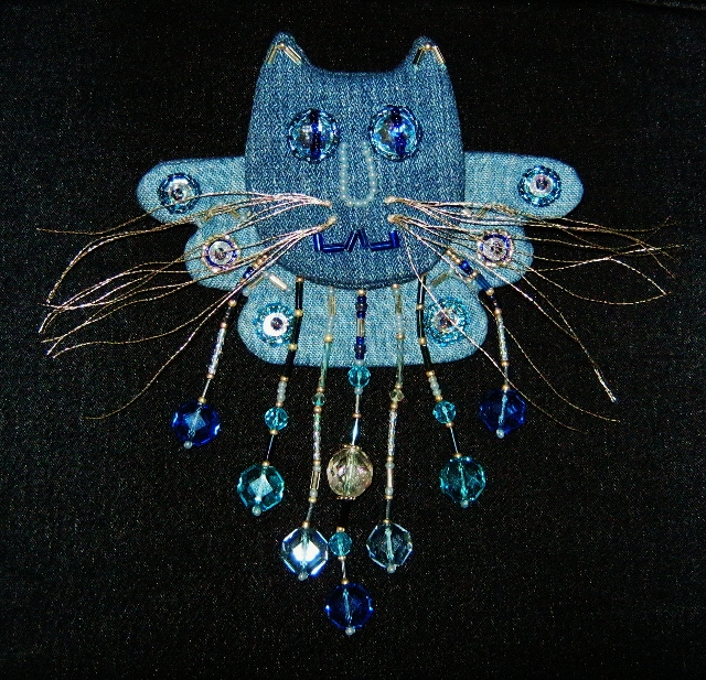 Denim angel kitty pin