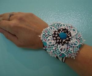 aqua yo yo flower bracelet