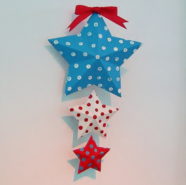 patriotic paper stars decoration