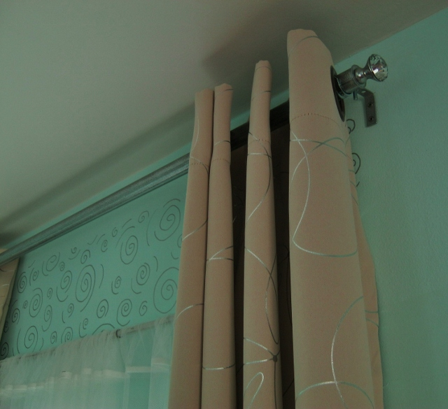 diy curtain rod with finial