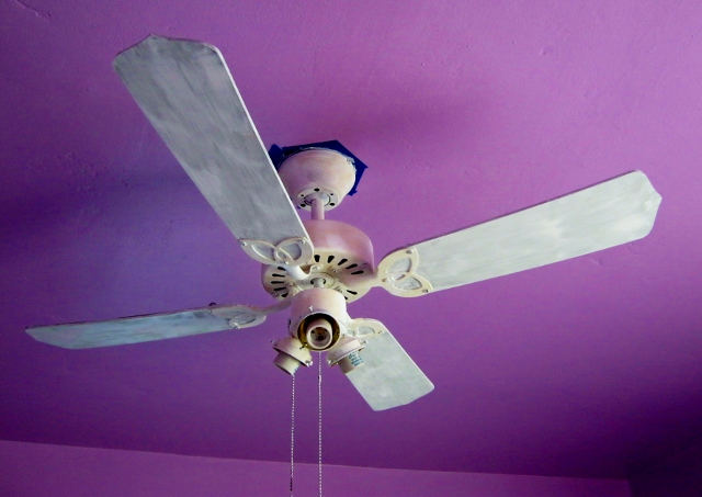 primed ceiling fan