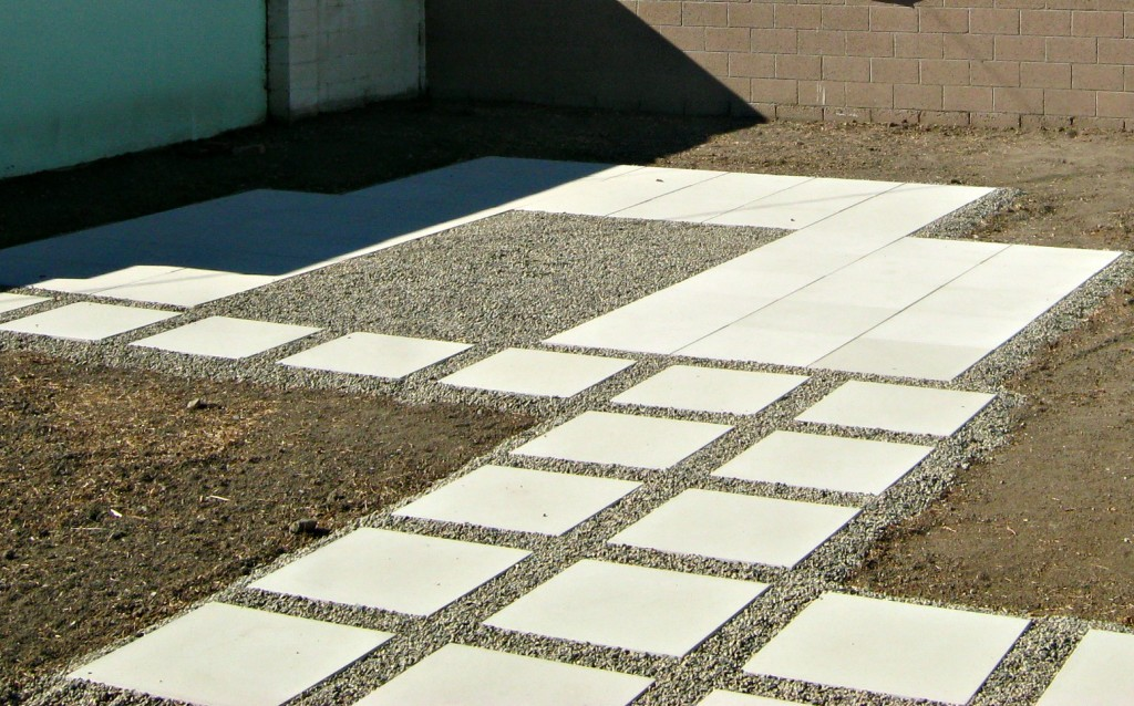 Attractive How To Install 24u2033 Concrete Pavers