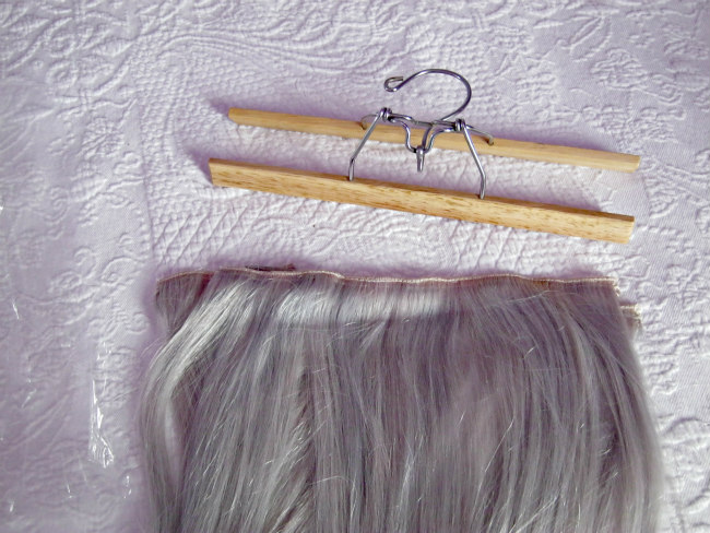 hanger for storing hair extensions